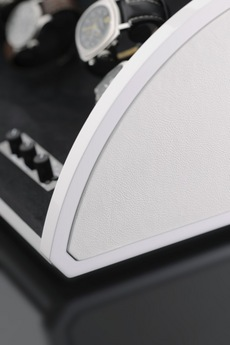 Предварительный просмотр фотографии Elma Motion 1038241 White High Glossy Leather